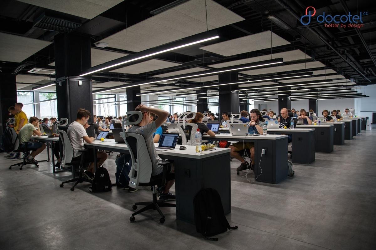 Melaju di Trek Industri 4.0 dengan Konektivitas 5G